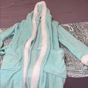 ulta beauty fuzzy robe